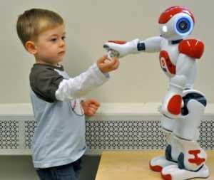ТОП-10 лучших роботов для детей
