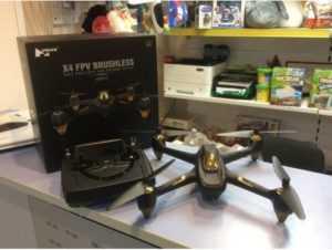Квадрокоптер Hubsan H501S с GPS и FPV камерой с экраном купить с доставкой по Москве, Московской области и России