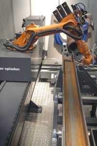 Роботизированная РТК сварка и роботы для дуговой сварки
