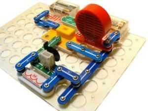 Знаток: Радиоуправляемый вездеход ЛИДЕР