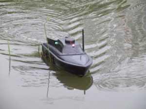 Как выбрать радиоуправляемый катер для рыбалки