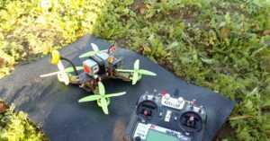 Краткий гайд по квадрокоптерам для FPV - часть 2. Немного про батарейки и аппаратуру. | Пикабу